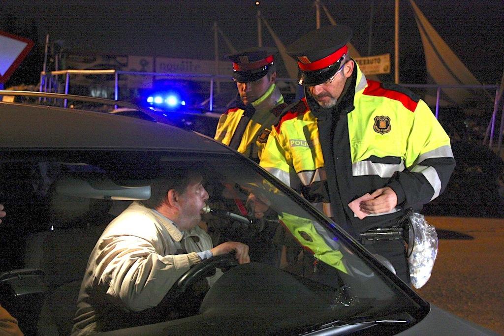 alcohol-control-mossos.jpg