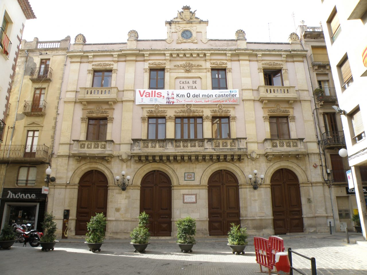 Ajuntament_de_Valls_6-1280x960.jpg