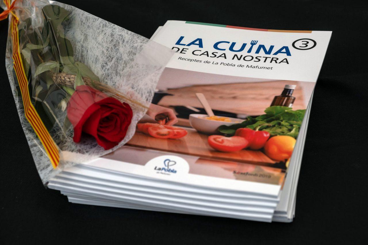 LaPobla_llibre_Sant_Jordi-1280x853.jpg