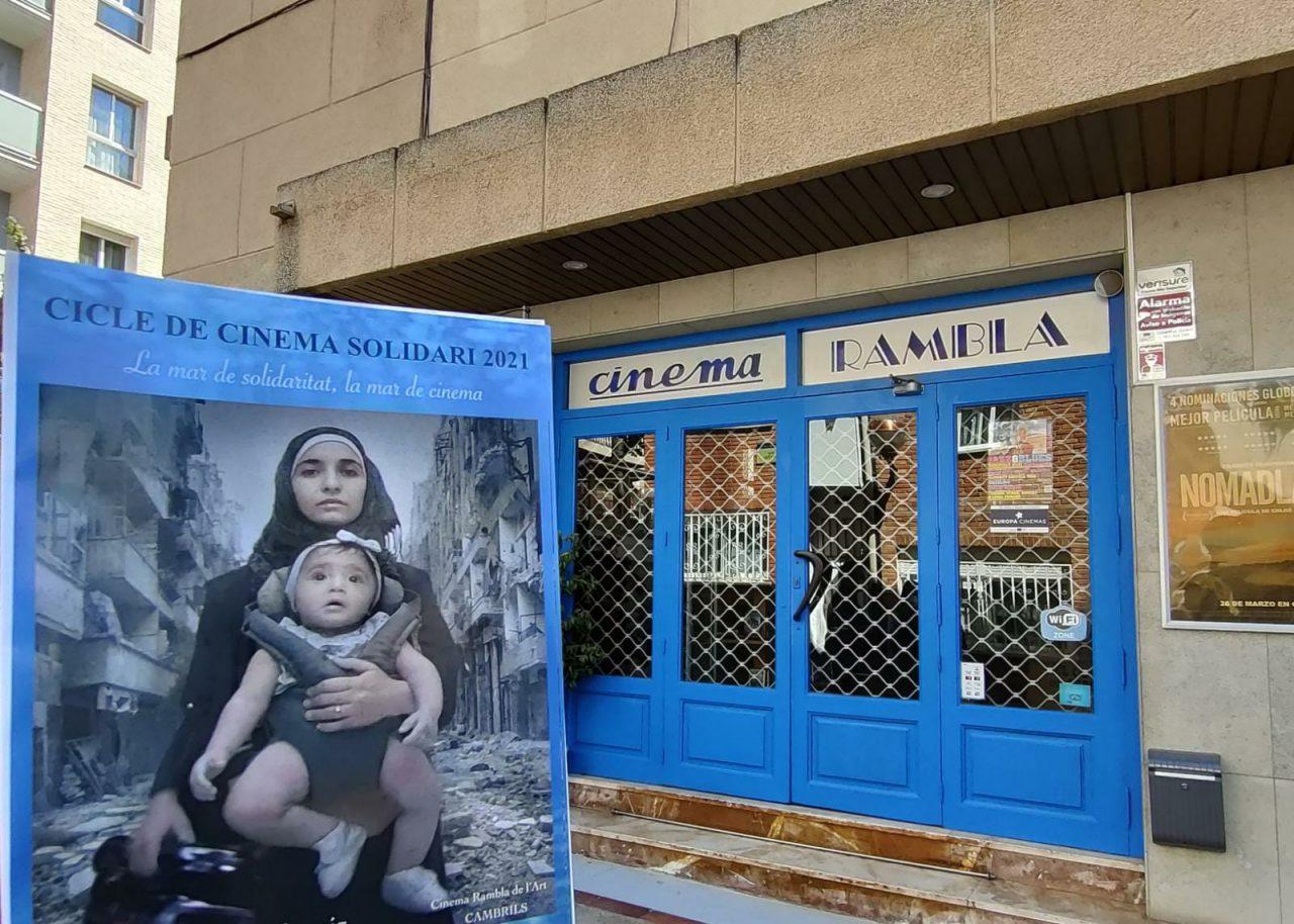 Cicle-de-Cinema-Solidari-Cambrils-1280x914.jpg