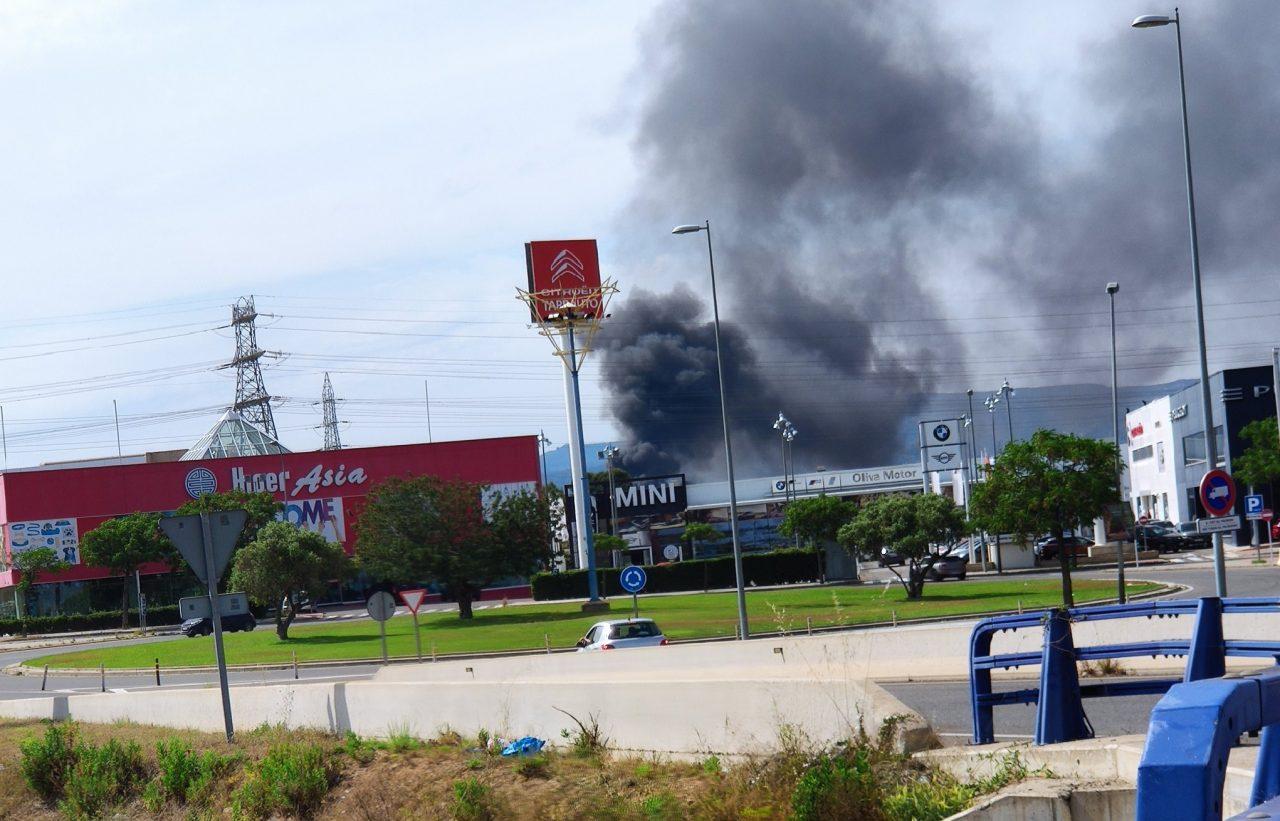 Incendi-planta-de-reciclatge-Reus-e1622473479532-1280x821.jpg