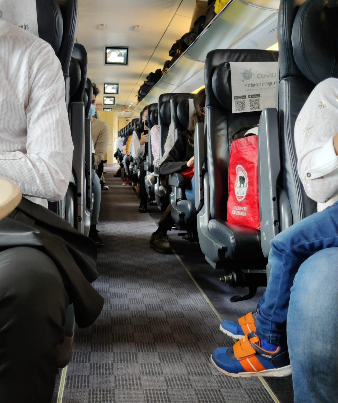 Tren-AVLO-Renfe-Viatge-1280x1524.jpg